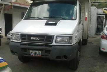 En Las Minas recuperaron vehículo de carga robado