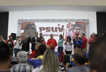 Juramentan a precandidatos del Psuv en Miranda