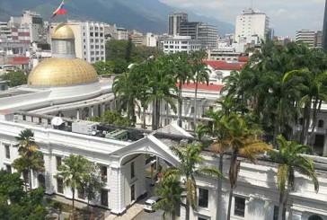 Maduro defenderá el Esequibo en la AN