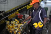 Escasez de harina obliga a las madres a ingeniárselas