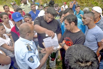 150 familias invadieron terreno de agricultores