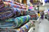 Costureras sufren por escasez y altos costos de telas