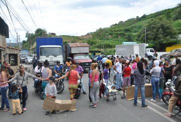 Protesta en la vía San Pedro