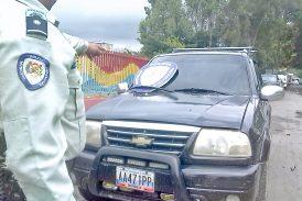 Grupo armado generó pánico en Sant Omero