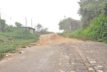 Con las lluvias colapsa vialidad en El Tigrito