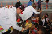 Doctor Yaso hizo reir a los niños durante Semana integral de atención al niño