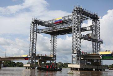 Eje fluvial Orinoco-Apure se reactiva con nuevo sistema levadizo de puente