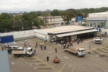 Allanan estacionamiento del diario El Siglo en Maracay