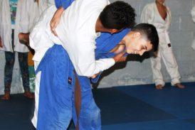 Selección estadal de judo infantil  se prepara en el gimnasio Urquía