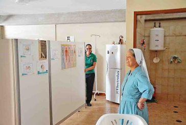 Abuelitas de sanatorio sufren crisis por escasez de fármacos