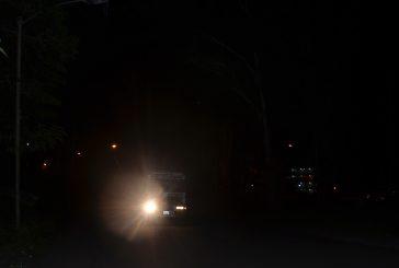 Profunda oscuridad rodea a El Paso