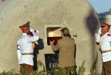 Las cenizas de Fidel Castro ya reposan en el Cementerio de Santa Ifigenia