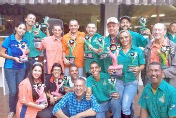 """""""Livianitos"""" campeón   de la Liga de Dominó"""