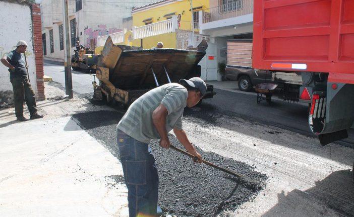 2 mil 100 toneladas de asfalto se colocaron en comunidades carrizaleñas el 2016