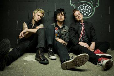 "Green Day se lanza contra Donald Trump en su nuevo video, ""Troubled Times"""