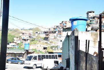 Tres meses sin agua en Alberto Ravell