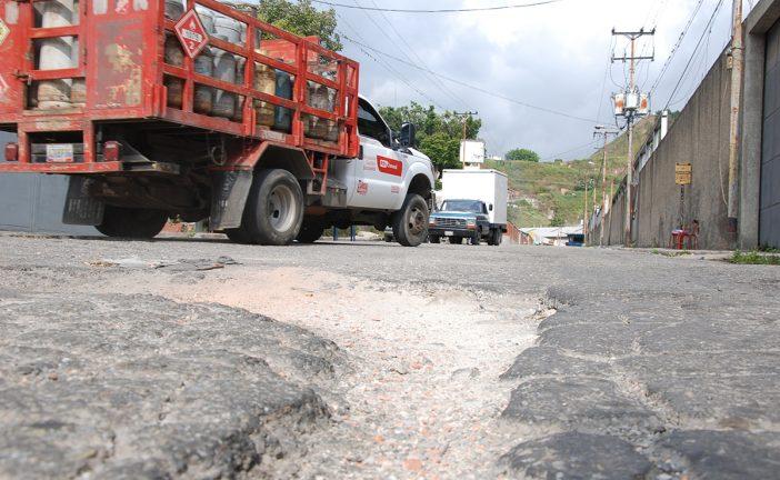 Piden asfaltado en Zona Industrial de El Tambor