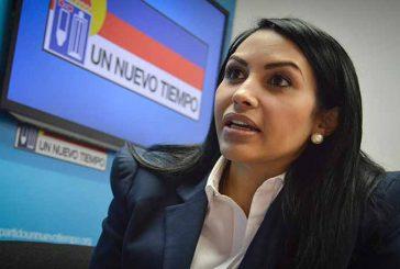 """Delsa Solórzano: El """"carnet de la patria"""" es una excusa para ocultar la escasez"""