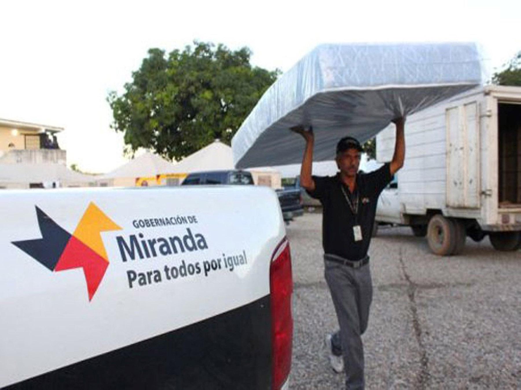 En Miranda han entregado 27.130 enseres