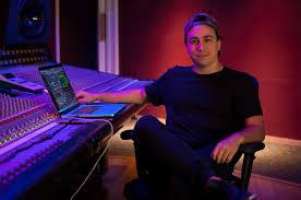 Dj Víctor Porfidio vibrará en Caracas junto a otros exponentes de la música electrónica