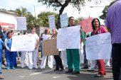 Personal del HVS protestó por falta de insumos