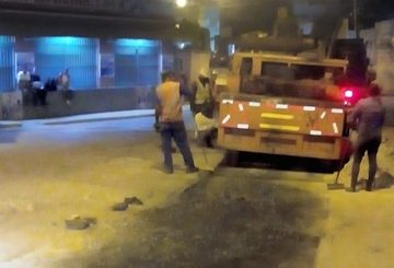 Rehabilitan carpeta asfáltica en Plaza Las Américas