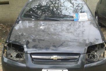Recuperan vehículo desvalijado en Barrio Ayacucho