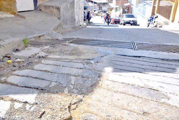 Vecinos piden presencia de Hidrocapital