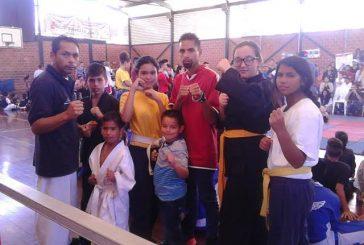 Cobra-Do Carrizal participó en Puro Combate Team & Team