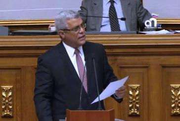 """Marquina a Maduro: """"Permites la investigación o te conviertes en cómplice de Tareck El Aissami"""""""