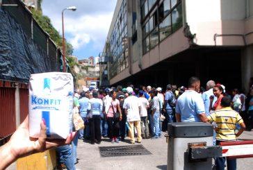 """Venta de azúcar """"regulada"""" formó tumulto en el Central"""