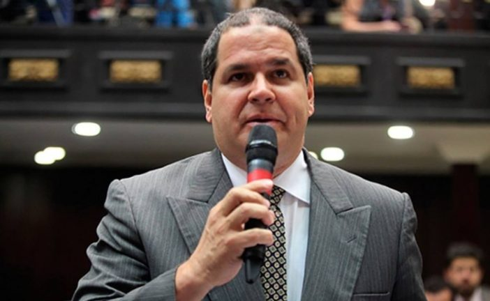 Luis Florido viaja a la OEA por tierra
