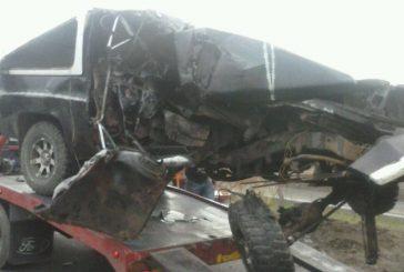 Dos fallecidos y tres lesionados dejó accidente en la ARC