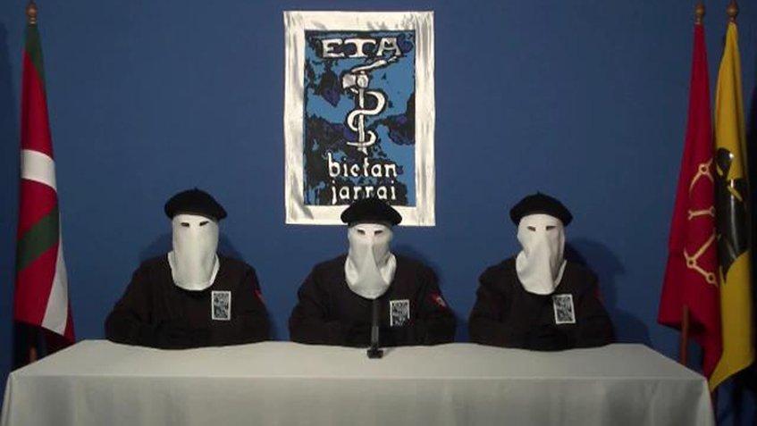 ETA anunció su desarme unilateral para el 8 de abril