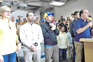 PJ proclama a Capriles como candidato a presidenciales