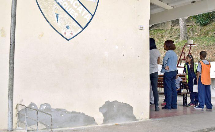 Pintan instalaciones de UE Tácata