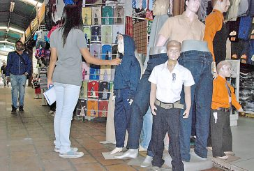 Representantes se preparan para comprar uniformes