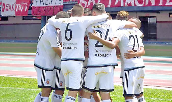Caracas FC ganó por un dudoso penalti