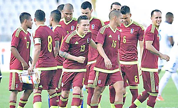 Venezuela enfrentará a Chile urgida de puntos
