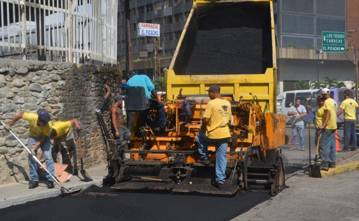 Garantizan asfaltado