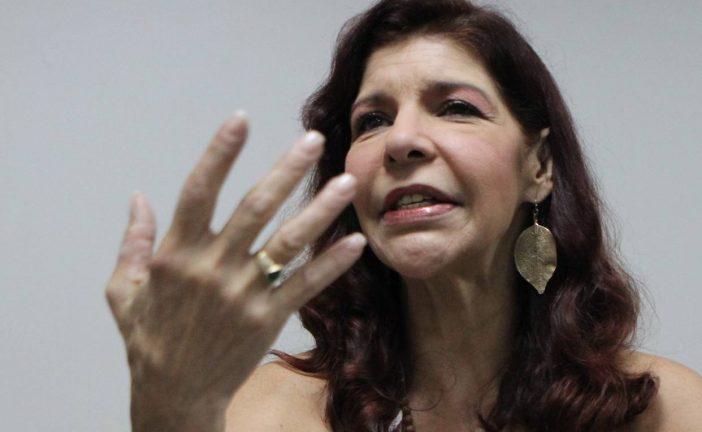 Amanda Gutiérrez protestó en las afueras de Miraflores