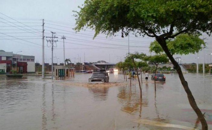 Fuertes lluvias inundaron municipios del estado Zulia