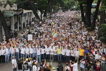 Oposición marchará este miércoles hacia la Defensoría de Pueblo