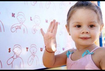 Deletreo de palabras se aprenderá en taller de Lengua de Señas en Los Teques