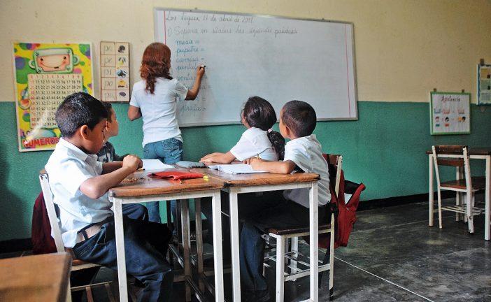 Pocos estudiantes  regresaron a clases ayer