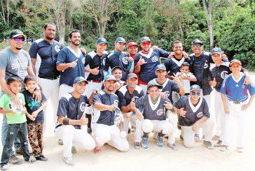 Edificadora Gonur campeón  del softbol libre