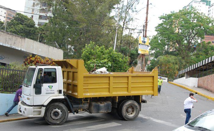 Realizan labores de limpieza en San Antonio