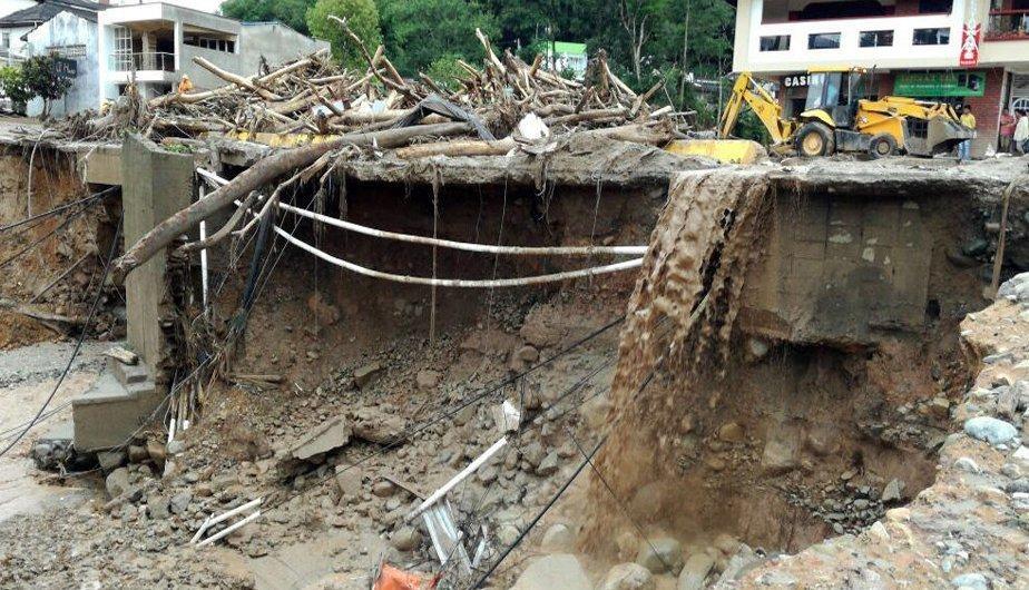 Colombia: 12 muertos por derrumbes provocados por lluvias