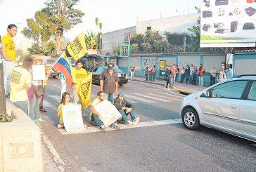 Oposición de los Altos  se movilizó pese al bloqueo