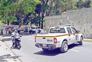 Mujer empistolada intentó atracar a funcionario en pleno centro